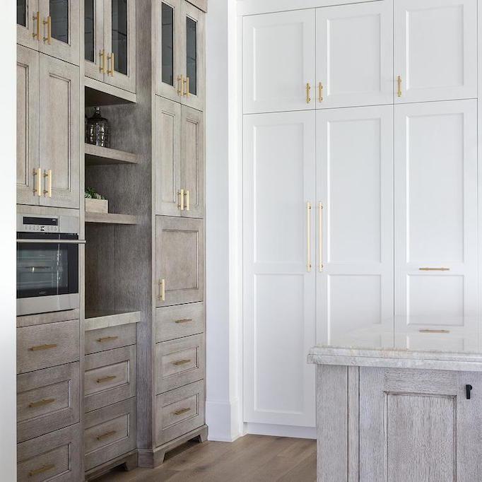 Two Tone Kitchen Cabinets Oak: Best 25+ Two Tone Kitchen Ideas On Pinterest