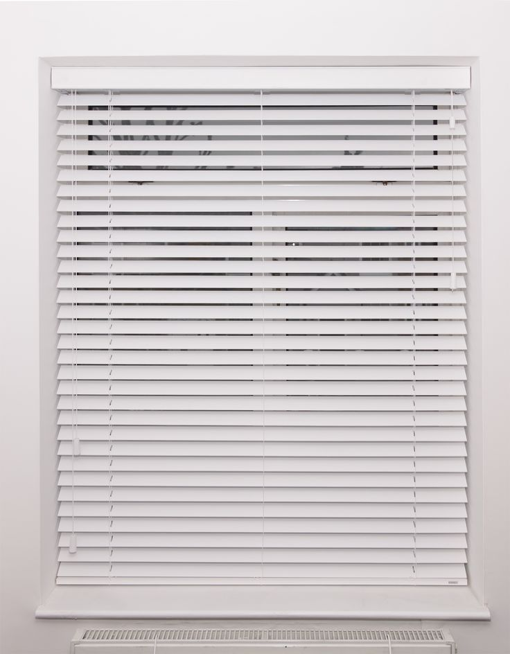 Pure White Wood Venetian Blind With Strings Bedroom Blind Fitted In Wandsworth Made
