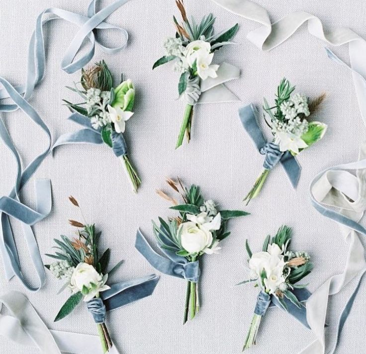 Boutonniere dusty blue