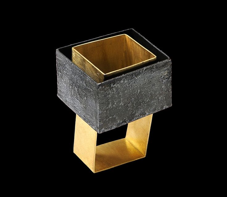 Gigi Mariani - Ring: Parallel Worlds, 2014 | Silver, 18kt yellow gold, niello, patina
