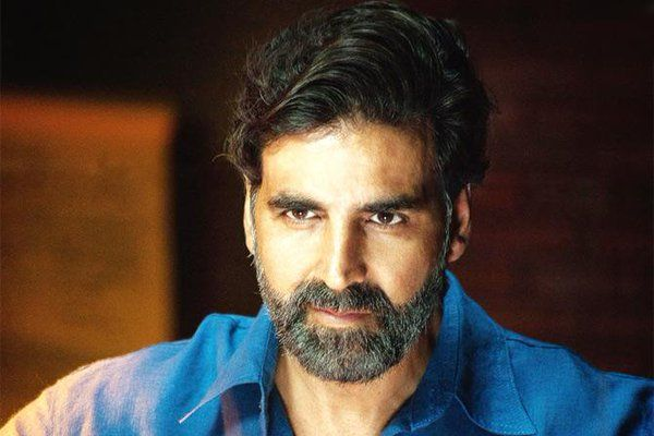 """#WelcomeBack director Anees Bazmee says there is no replacement for @akshaykumar   RT if you agree"""
