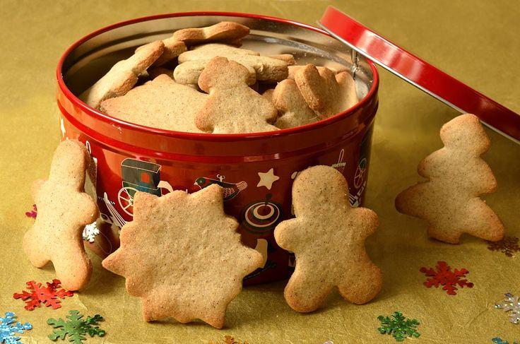 Ces biscuits font parti des bredele, petits biscuits ou gâteaux de Noël que l'on fabrique en Alsace. Mais, ils sont aussi présents le 6 décembre pour la Saint Nicolas. Saint Nicolas est le saint patron en Lorraine. La Saint Nicolas est aussi fêtée dans les hauts de France, la Franche Comté et de nombreux pays […]