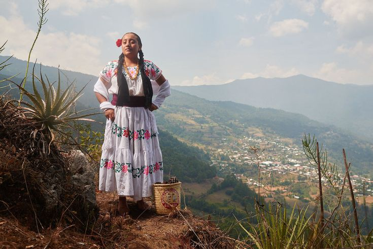 """Diego Huerta documents the dazzling indigenous cultures of Mexico in his series, """"Native Nations. Photography Series, Aerial Photography, Perez Garcia, Mexico Culture, Hispanic Heritage, Feather Headdress, Mexicans, Mexican Art, First Nations"""