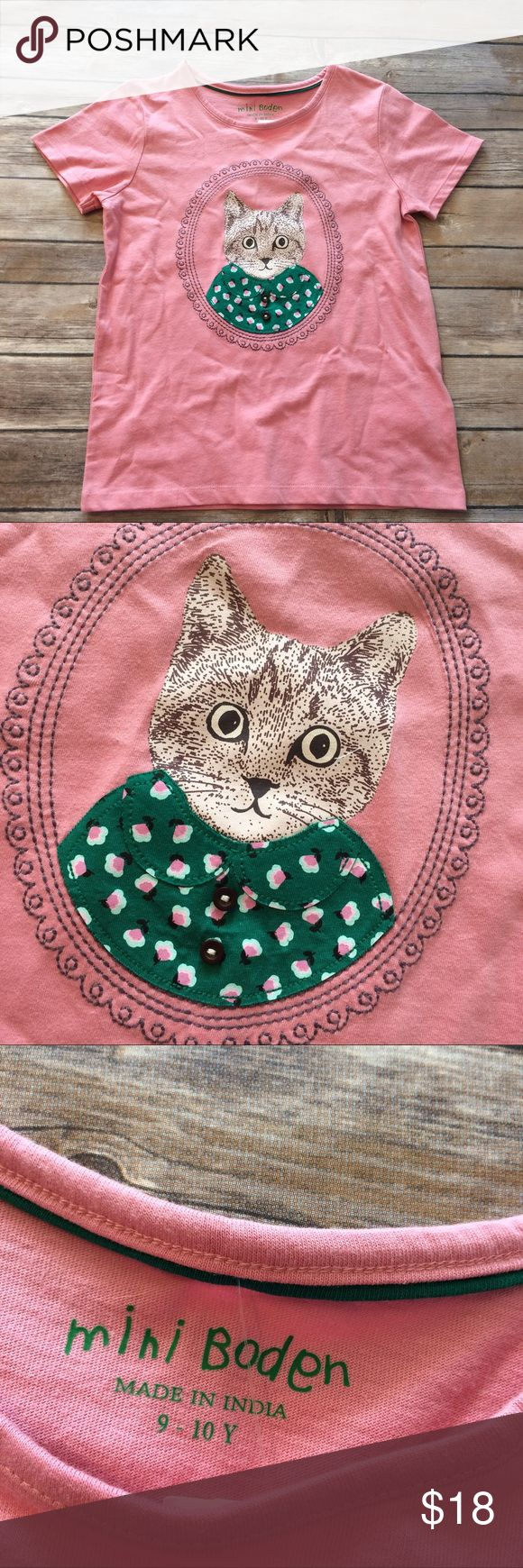 Mini Boden cat portrait tee size 9-10 Dusty pink short sleeve tee with cat portrait. Cat's shirt is appliqué. Size 9-10 years. New with tags! Smoke free dog friendly home. Always a bundle discount in my closet. Mini Boden Shirts & Tops