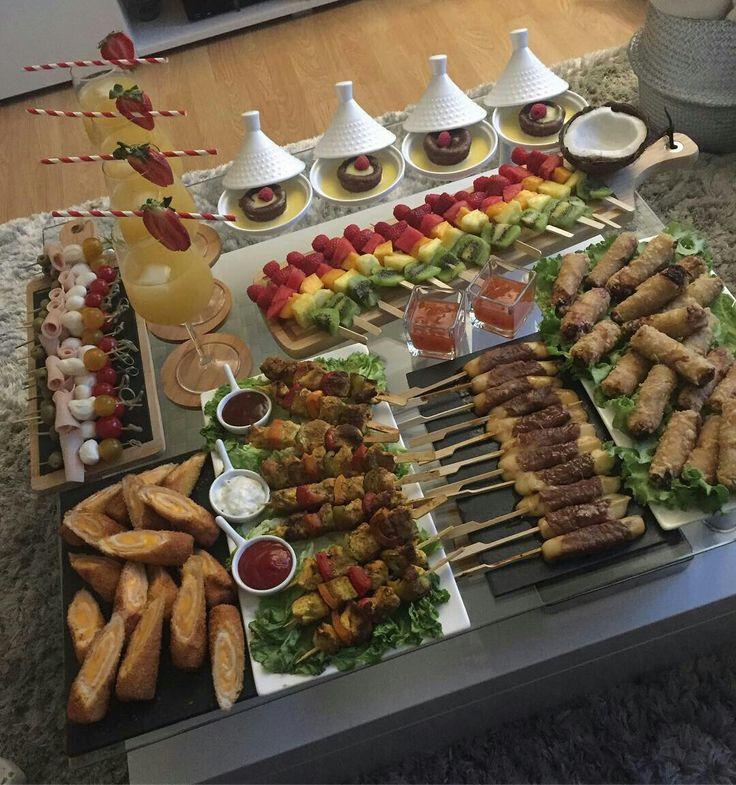 PINNED BY @MUSKAJAHAN - RAMADAN RECIPES | Beautiful Dinner Table en 2019 | Repas ramadan ...