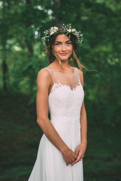 Simple A Line Chiffon Bohemian Wedding Dresses Crew Neck Lace Bodice Bridal Gowns from Babybridal