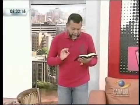 ▶ Porque agradecer a Dios cuando hay problemas -- Padre Alberto Linero - YouTube