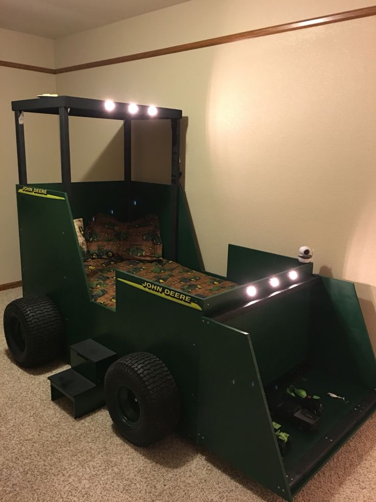 25+ unique Tractor bed ideas on Pinterest | John deere bed ...