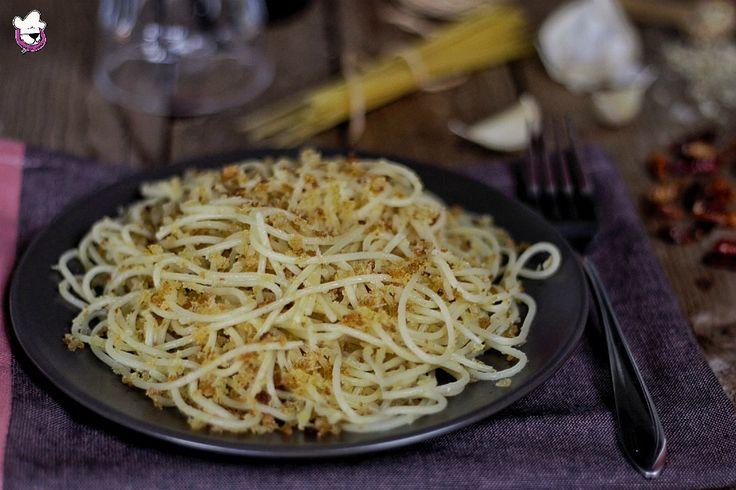 """La """" Pasta con la mollica"""" è una ricetta lucana semplice e buona"""