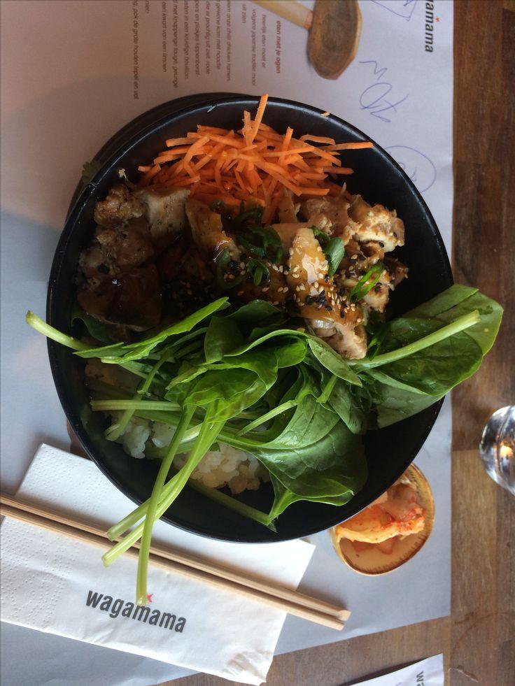 absolut leckeres asiatisches Essen, direkt im Bahnhof Amsterdam centraal! ❤