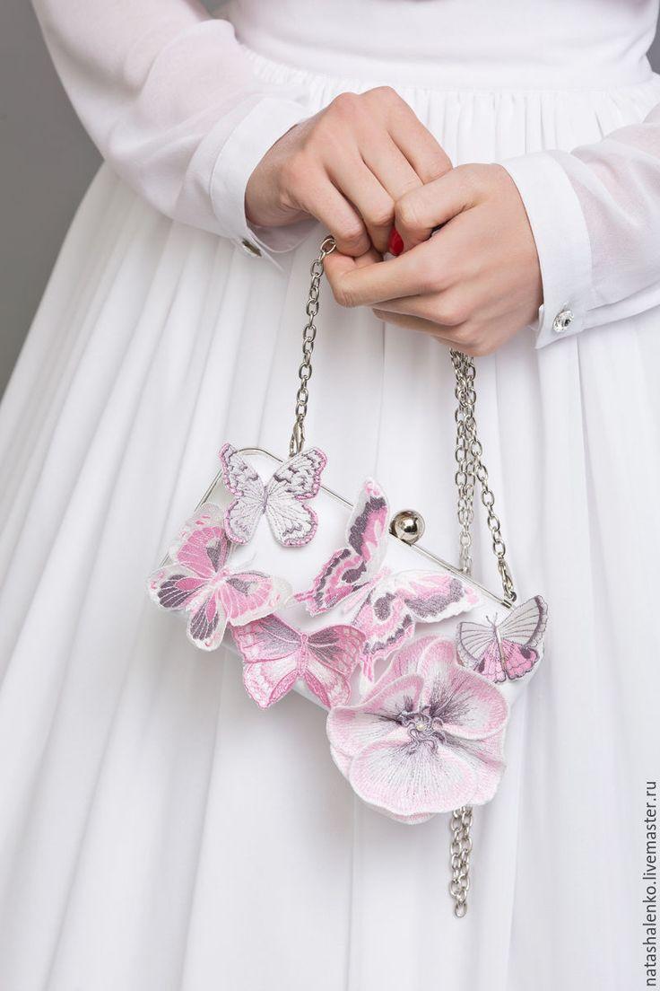 Adorable clutch   Купить Клатч Розовая нежность - белый, рисунок, клатч, нежность, объемная вышивка, клатч свадебный