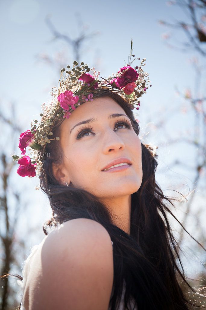 Another favourite of mine. I love this flower crown made by Gypsy Closet. #bride #bridal #flowercrown
