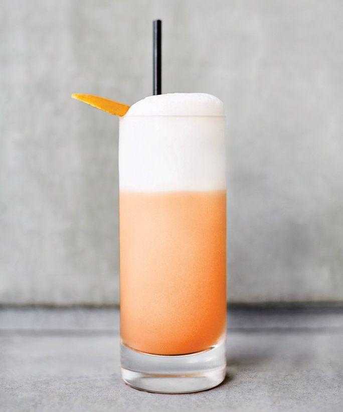 The Diamond Spritz Fizz is a refreshing, bright beverage.