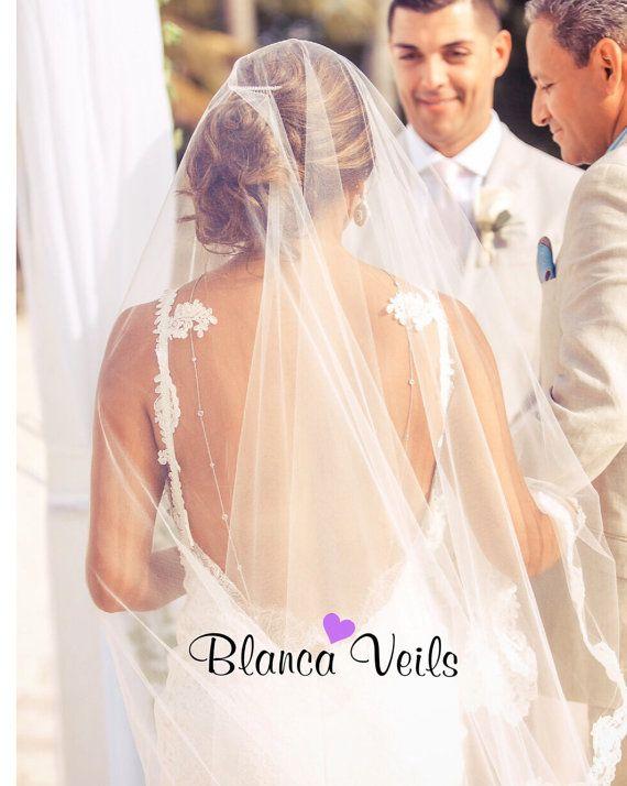 Wunderschöne Lace-Drop-Schleier von BlancaVeils auf Etsy