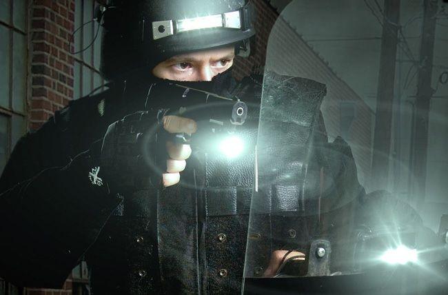 Lanterna Tatica Profissional Led Police 78000 Lumes 20% Off - América Tático Aventura Artigos Militares Aventura Esportes Radicais e Camping.