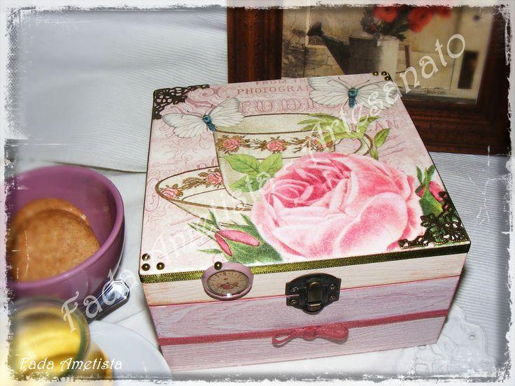 Caixa em Madeira para chá ● Pintura e Técnica Decoupage