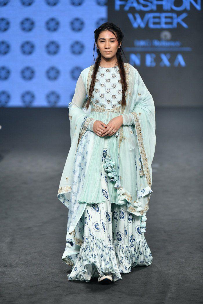 Lakme Fashion Week Summer Resort 2019 Punit Balana Fashion Lakme Fashion Week Indian Designer Outfits