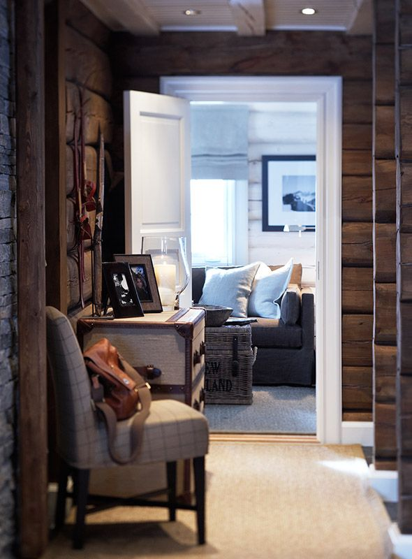 Love this mountain cottage hallway!