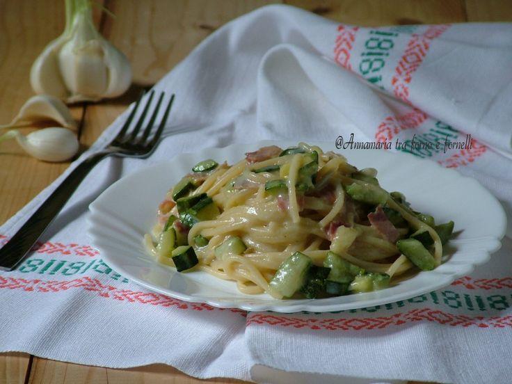 Pasta+cremosa+zucchine+e+speck