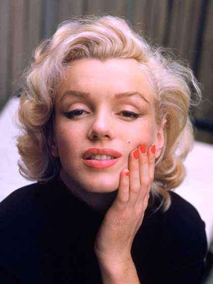 8 Beauty Lessons We've Learned From Marilyn Monroe