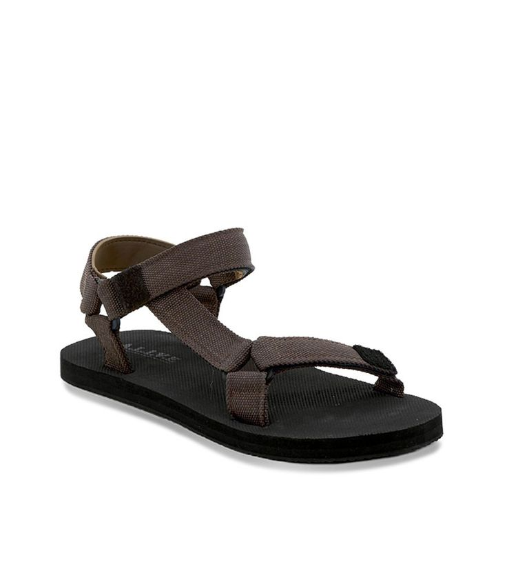 Wow! Look at this fabulous product! I've found at SophieParis.   http://www.sophieparis.com/id/index.php/men/shoes-sandals/gerry-eva-sandal.html?color=432  #SophieParis