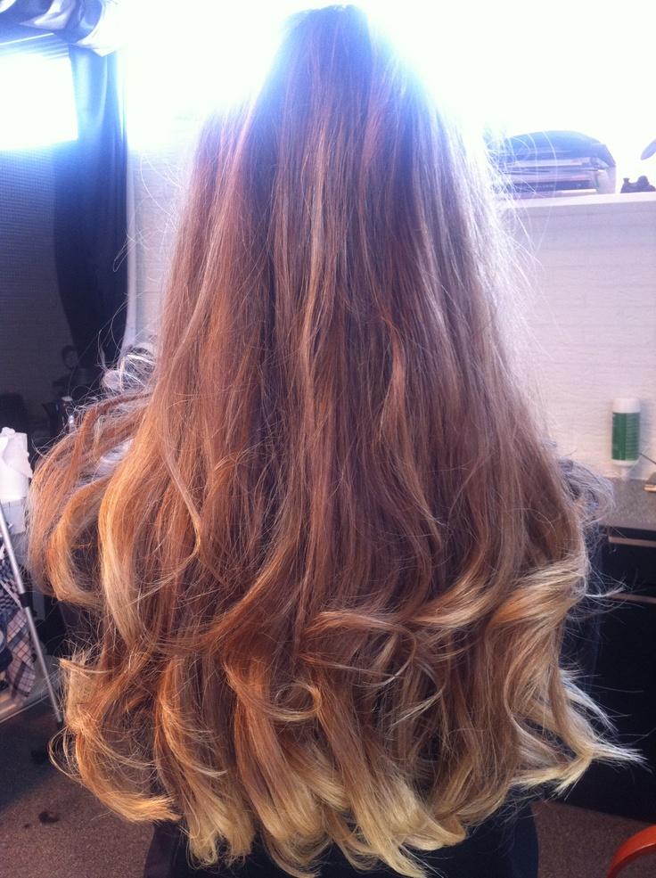 Natuurlijke haarkleurtinten van middenblond naar lichtblond! Love it