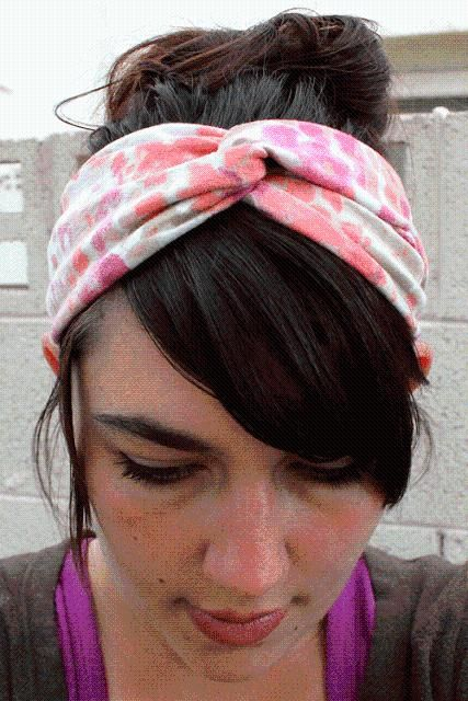 DIY Clothes DIY Refashion DIY Twisted Turban Headband (from an old t-shirt)