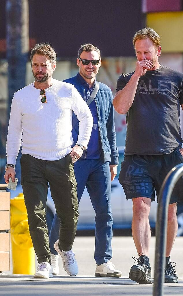 Photos From 90210 S Jason Priestley Ian Ziering And Brian Austin Green Reunite E Online In 2021 Brian Austin Green Ian Ziering Jason Priestley