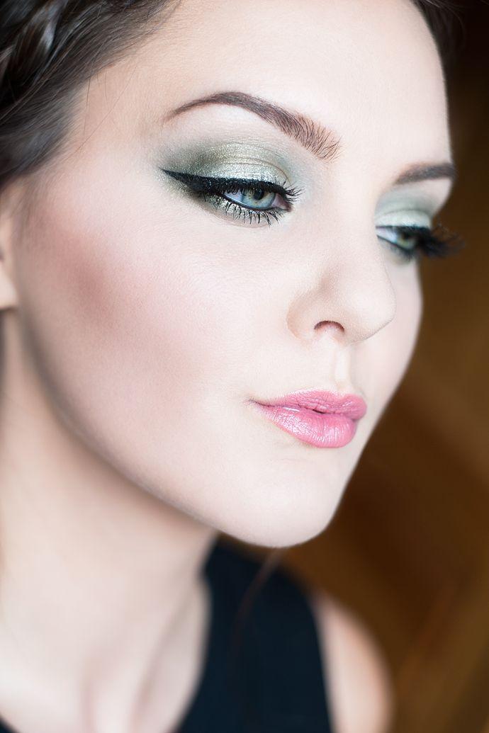 molkan skönhetsblogg l'oréal paris trendsetter search makeup motd green grön sminkning