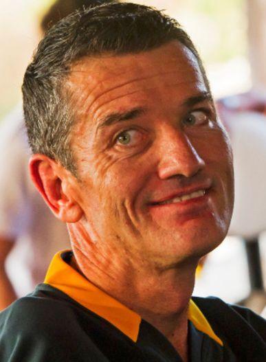 † Joost van der Westhuizen (45) 06-02-2017 De Zuid-Afrikaanse rugbylegende Joost van der Westhuizen is overleden. De stichting van de voormalig wereldkampioen liet dat maandag weten. Van der Westhuizen leed aan een ongeneeslijke spierziekte. https://youtu.be/NSFSBwITH_s