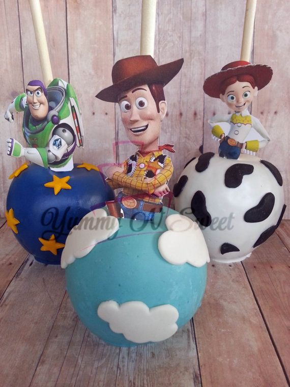 Toy Story Inspired Chocolate covered Candy apples por YummyNSweet