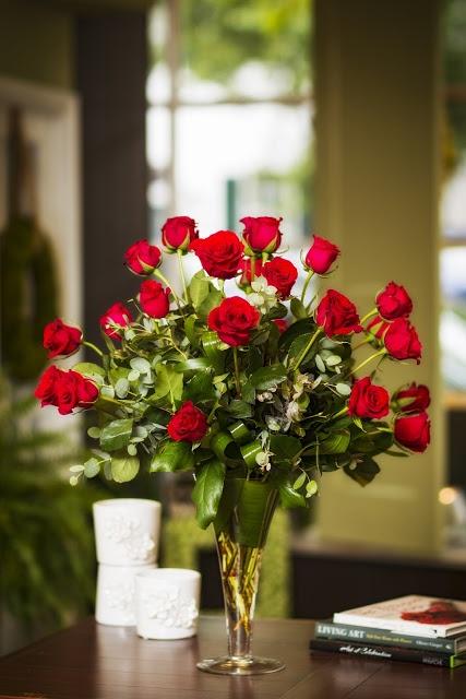 best 25 red rose centerpieces ideas on pinterest rose Red Roses Wedding Centerpieces Wedding Reception Centerpiece Ideas