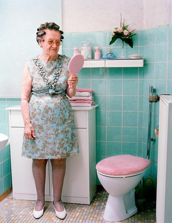 Mutter Schuhe by Nina Roder Captures Three Generations in Same Clothes #design #trends trendhunter.com