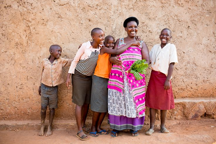 Smiling is contagious #Rwanda (Photo credit: Esther Havens)