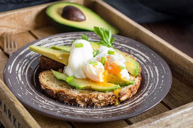 Come si mangia l'avocado: la guida completa