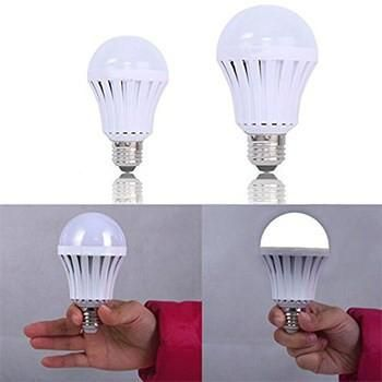 This E27 socket LED light bulb has built-in rechargeable battery. Under normal situation, it works like an ordinary LED light bulb. However in case of power outage, it will workas an emergency light for 3 - 4hours without electricity.H...