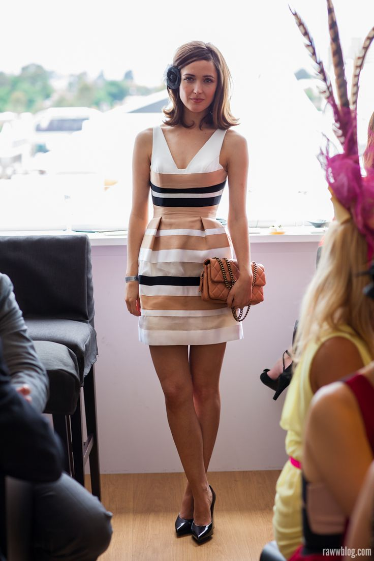 Melbourne Cup 2012 Street Style Rose Byrne In The Lexus