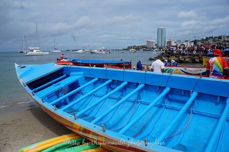 Photo du prologue du tour des yoles rondes de Martinique http://www.facebook.com/CarnavaldeMartinique/photos/?tab=album&album_id=10154424331123910