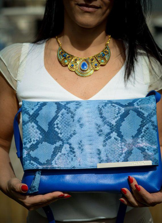 Southern California clutch and shoulder bag by asantehandbags