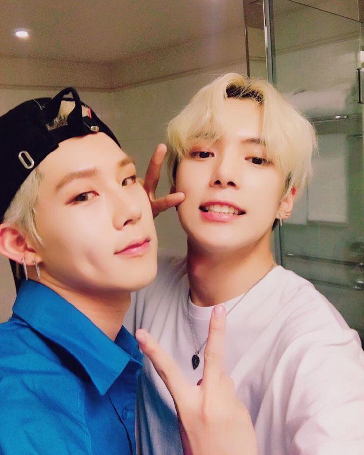 Olha que lindos meus dois loirinhos ♡♡ Minhyuk e Jooheon