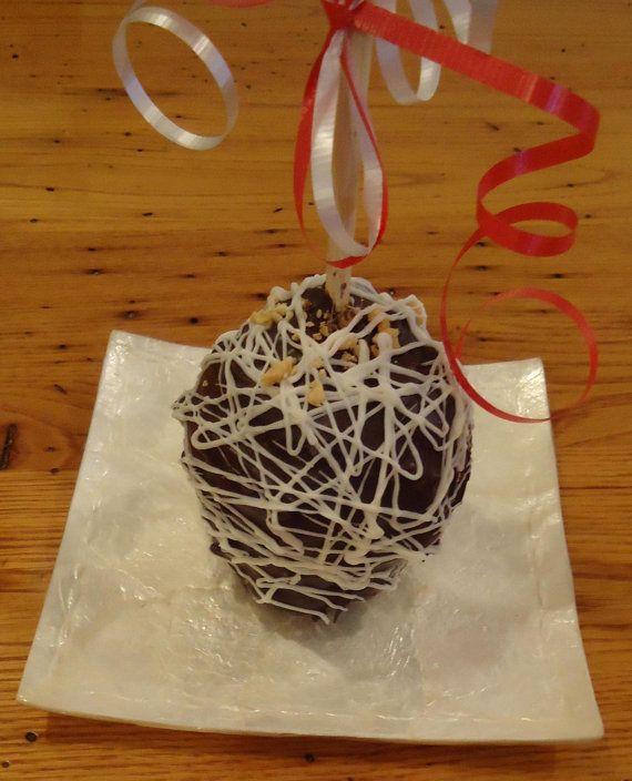 Snicker Caramel Gourmet Apple by Nanasgourmetgoodies on Etsy, $4.50