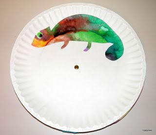 I LOVE this craft because it is not static and can change color like a real chameleon.
