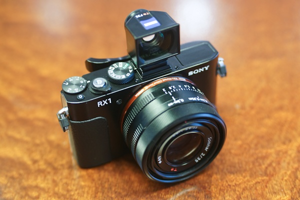 Sony Cyber-shot RX1 Camera  Review