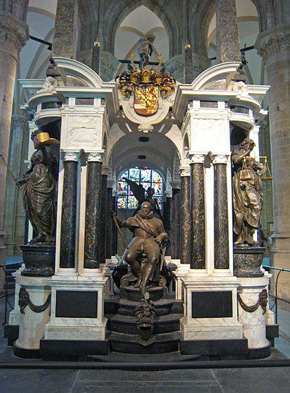 """In der Nieuwe Kerk in Delft befindet sich das imposante Prunkgrab des Wilhelm von Oranien, genannt """"der Schweiger"""".  www.kukullus.nl"""