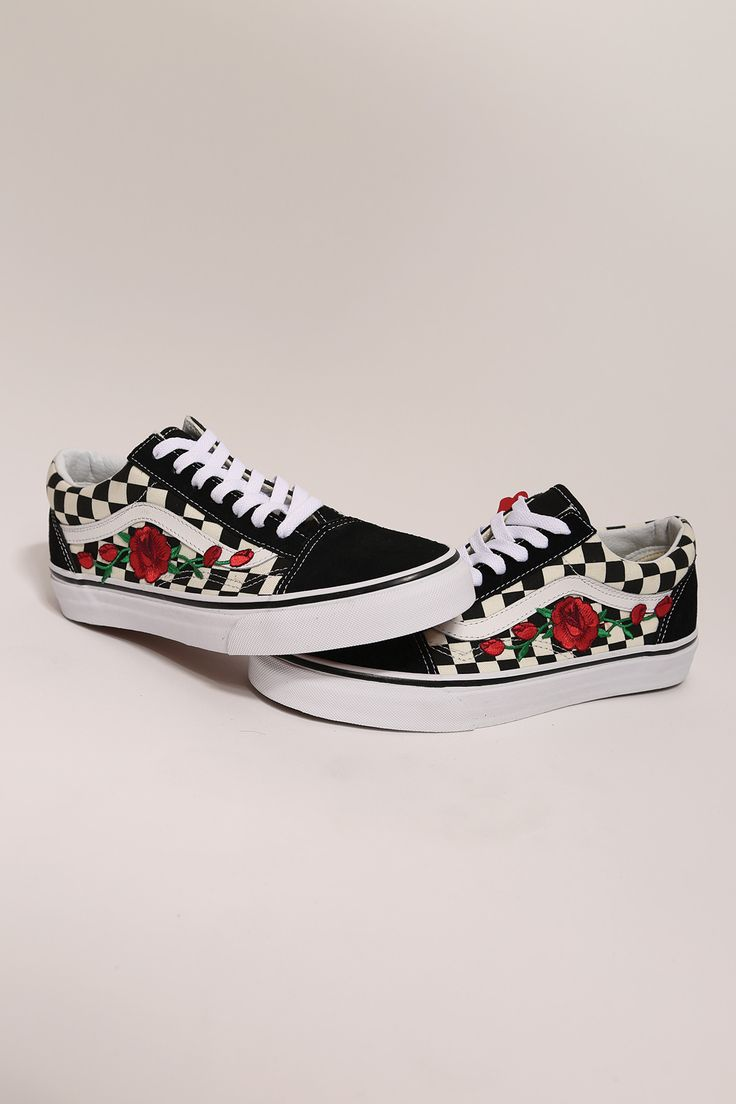 Custom rose vans checkered old skool low top – Shoes