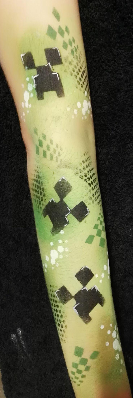 Lucy Jayne Creeper Graffiti Arm