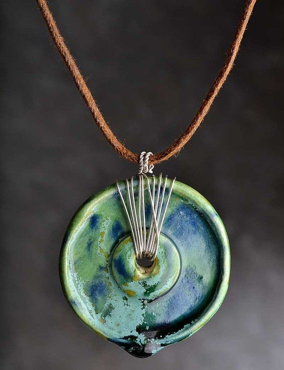 http://www.pinterest.com/jonniwebb/jewelry/  Cool.