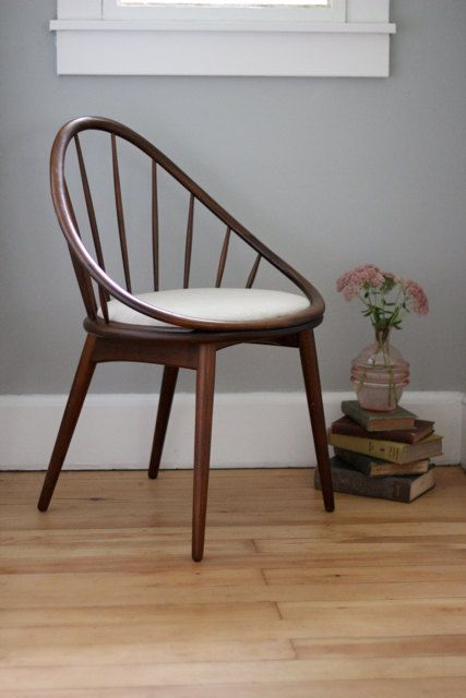 i kind of think i need this. vintage chair on etsy, $325.