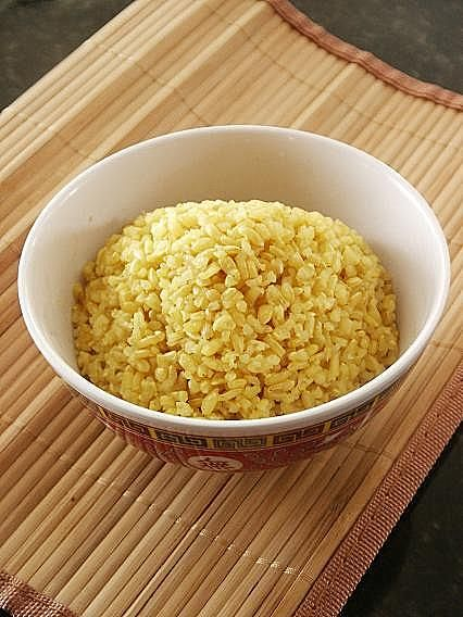 turmeric brown rice - tumeric is very good for you...this is an easy way to add it to your diet