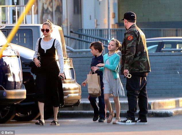 Family time! Nicole Richie took a break from the spotlight as she enjoyed a late lunch with her adorable brood and husband Joel Madden in Los Angeles on Sunday